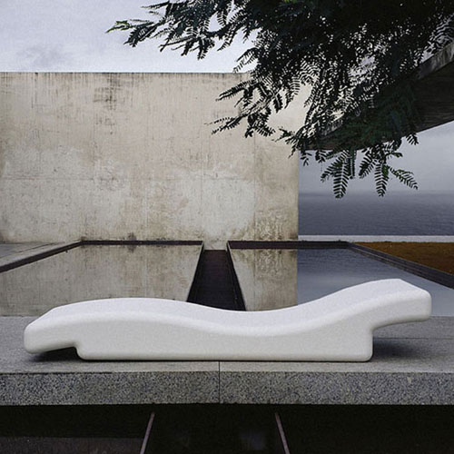 Gandia Blasco Tumbona 356 Modern Outdoor Chaise Lounge