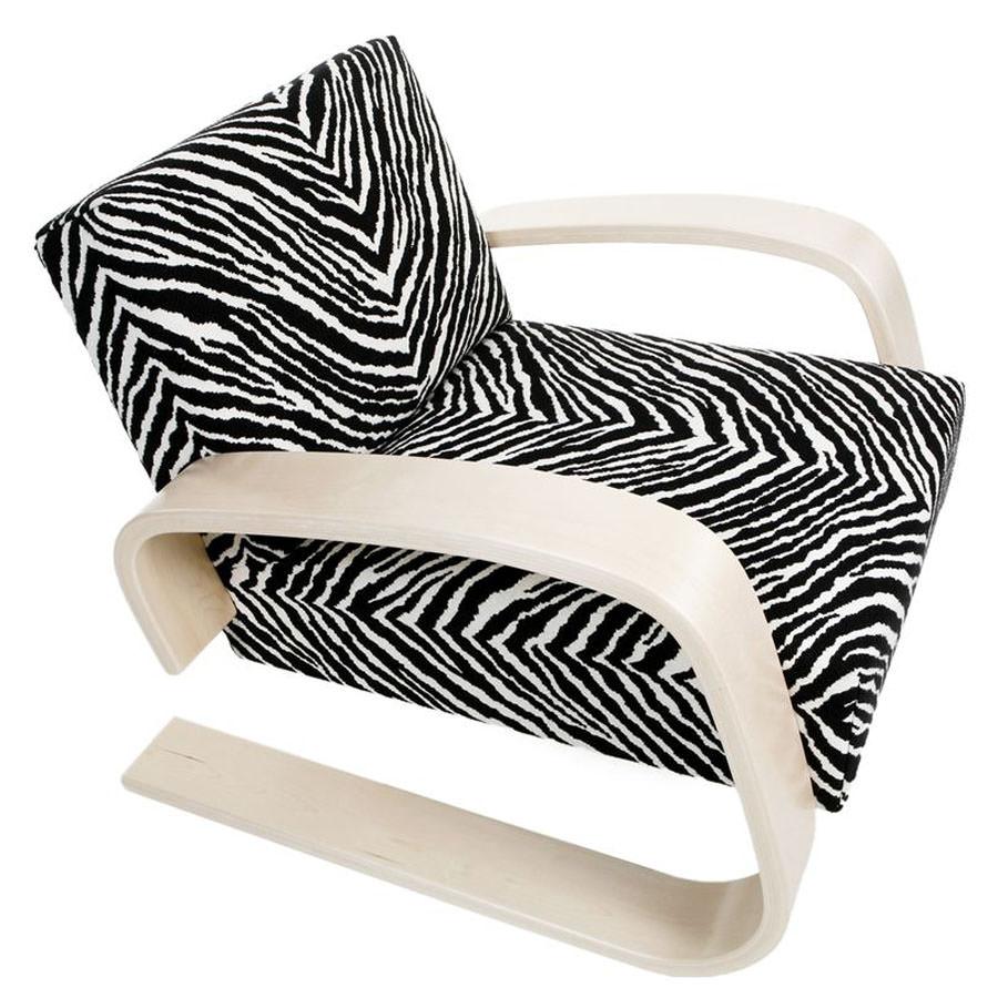 Alvar Aalto 400 Tank Chair By Artek