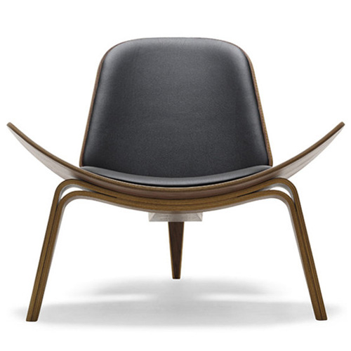 Hans Wegner CH07 Shell Chair in Walnut Oil and Black Leather