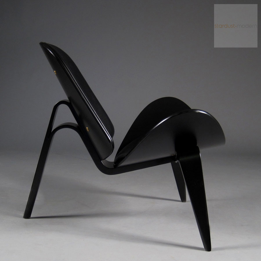 Hans Wegner CH07 Shell Chair in Black Oak with Black Leather