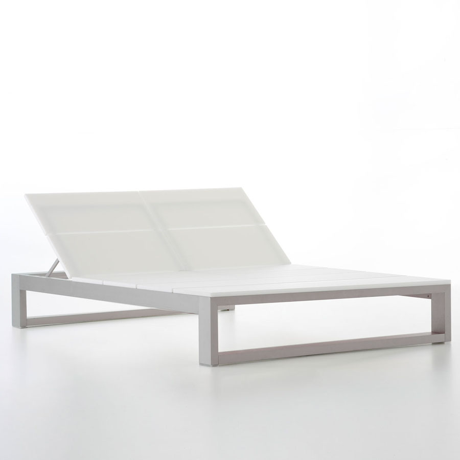 Double outdoor chaise lounge es cavallet gandia blasco for Modern design lounge chairs