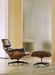 Lounge Chairs on Herman Miller Eames Lounge Chair And Ottoman