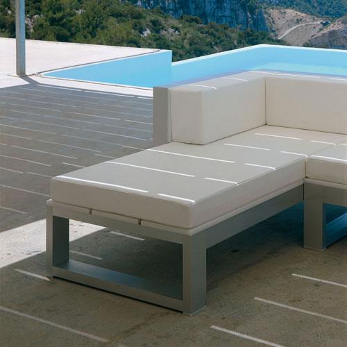 Na xemena sofa modular 2 by gandia blasco stardust for Sofa modular exterior