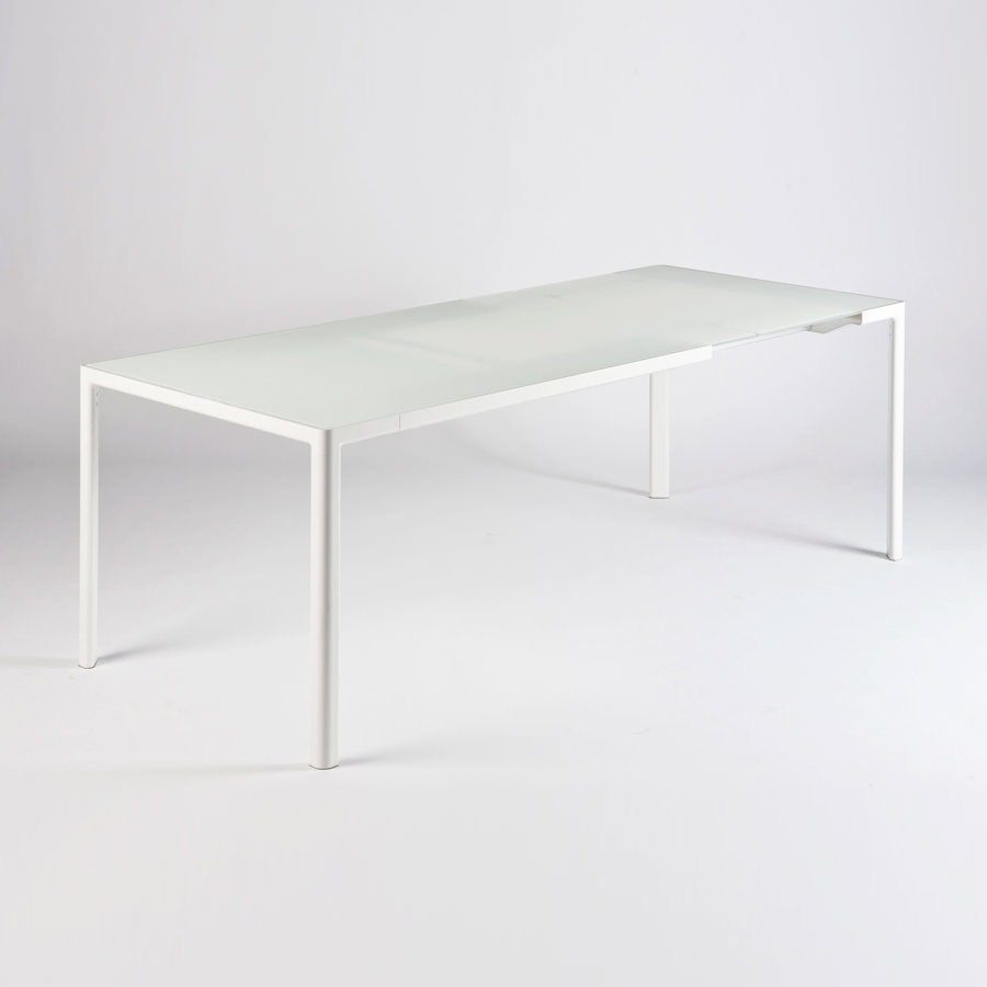 Kartell Zooom Extendable Dining Table by Piero Lissoni  : Kartell Zooom Extendable Table by Piero Lissoni XL5 from www.stardust.com size 900 x 900 jpeg 35kB