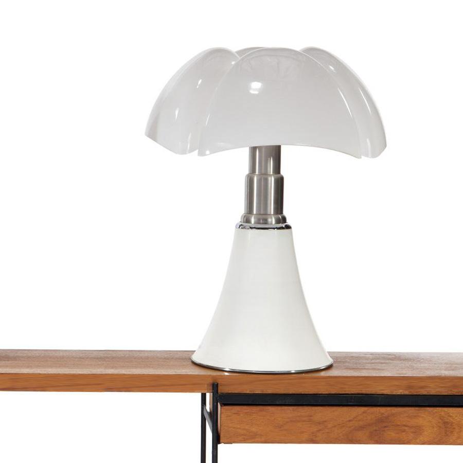 Top Martinelli Luce Pipistrello Table Lamp by Gae Aulenti | Stardust MH03