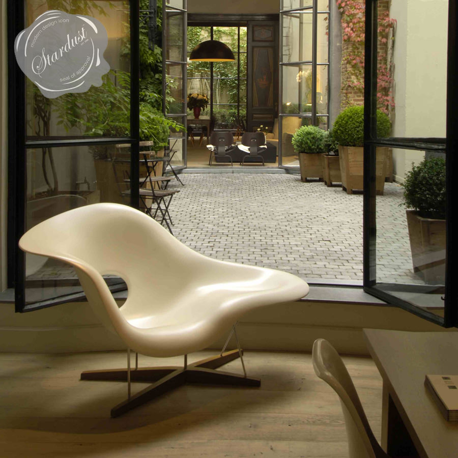vitra la chaise lounge chair