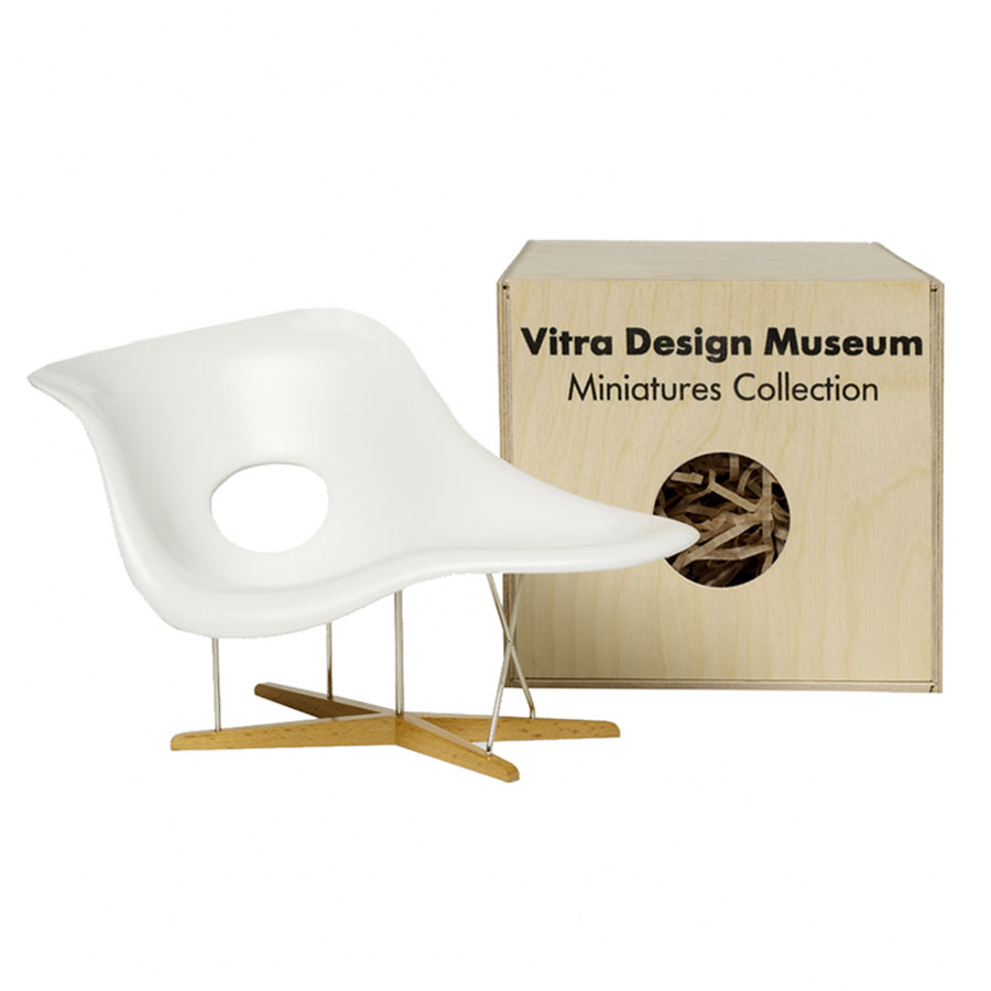 Vitra miniatures la chaise open box floor sample sale for Meuble design chaise eames