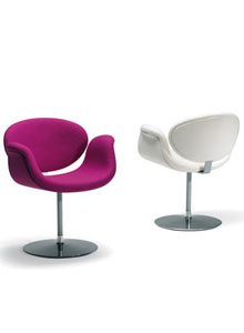 Artifort Little Tulip Arm Chair By Pierre Paulin Stardust