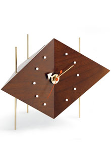 Charmant Vitra Diamond Shaped Table Clock By George Nelson ...