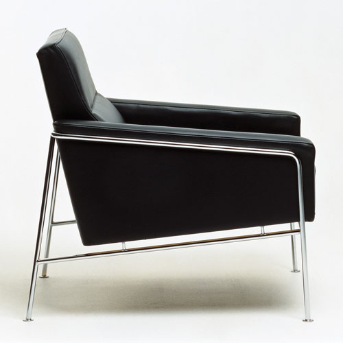 Fritz Hansen Series 3300 Easy Modern Lounge Chair | Stardust