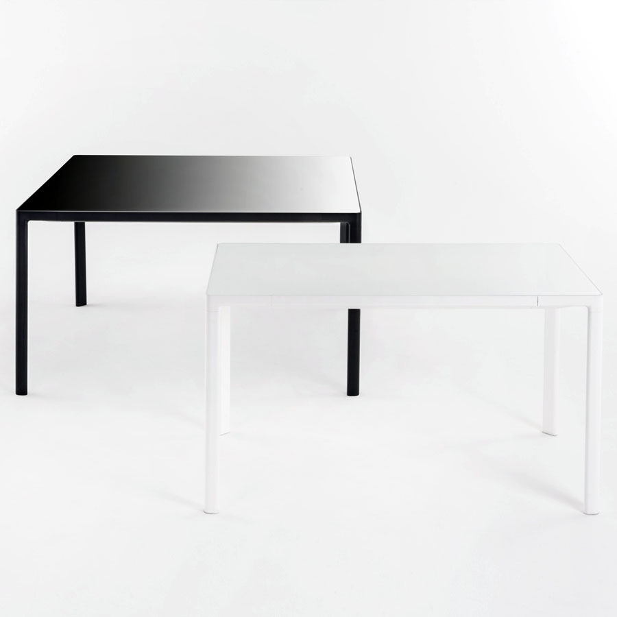 Zooom dining table or desk by kartell kartell zooom for Table kartell